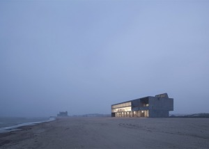 Seashore-Library-by-Vector-Architects_dezeen_784_0